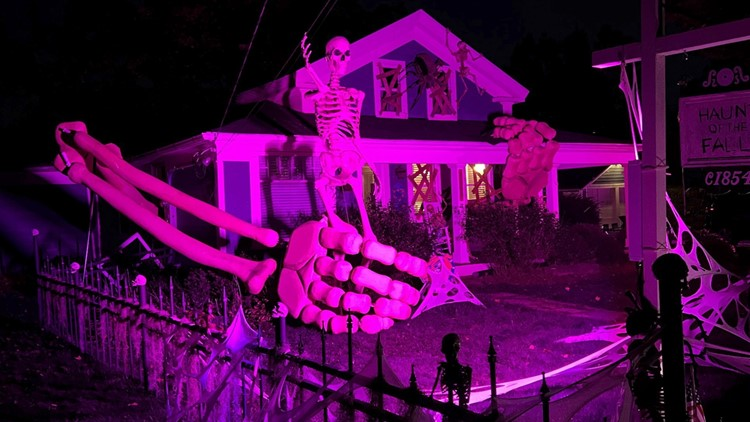 No Bones About It! Ohio Resident Creates Giant 30-Foot Skeleton Arms as Halloween Decorations!