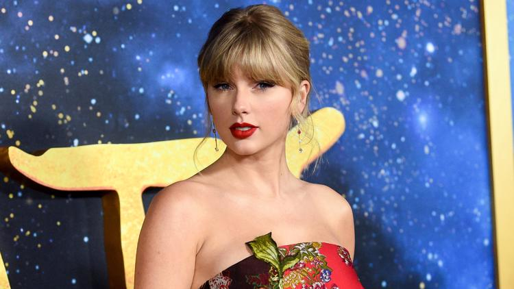 Taylor Swift announces 'Love Story' re-recording to drop at midnight