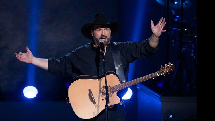 Garth Brooks cancels tour dates due to COVID surge