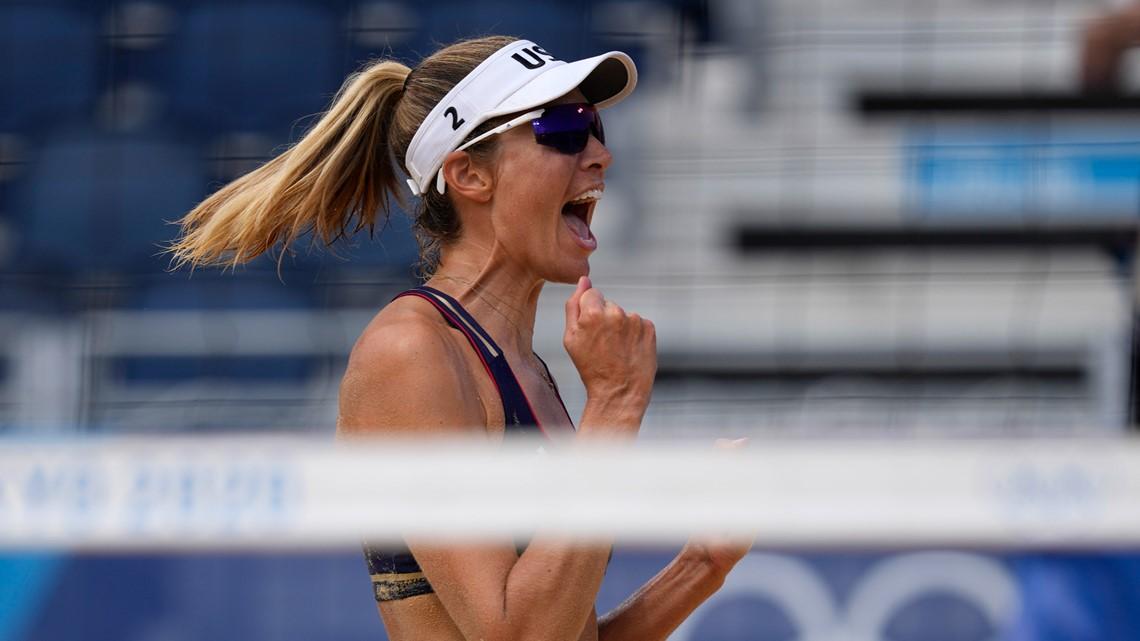 'A team' onto women's beach volleyball quarterfinals