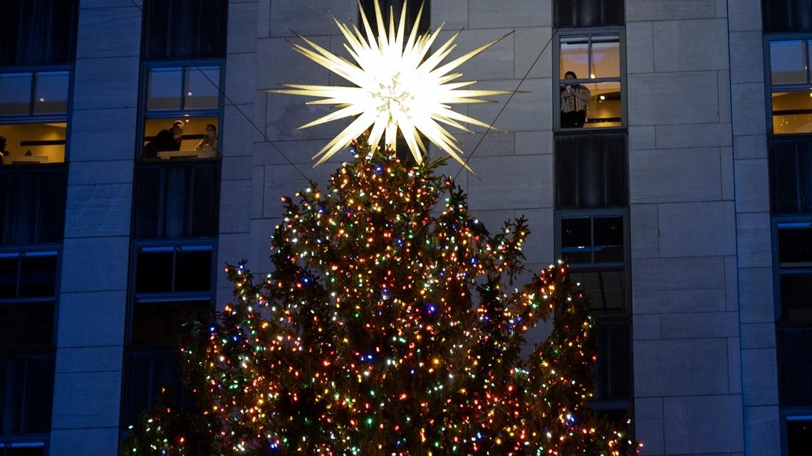 Pittston City Christmas Tree Lighting 2021 Rockefeller Center Christmas Tree Lights Up For The Holidays Wnep Com