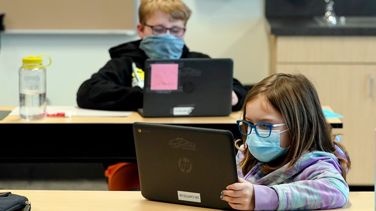 CDC recommends schools maintain mask requirements