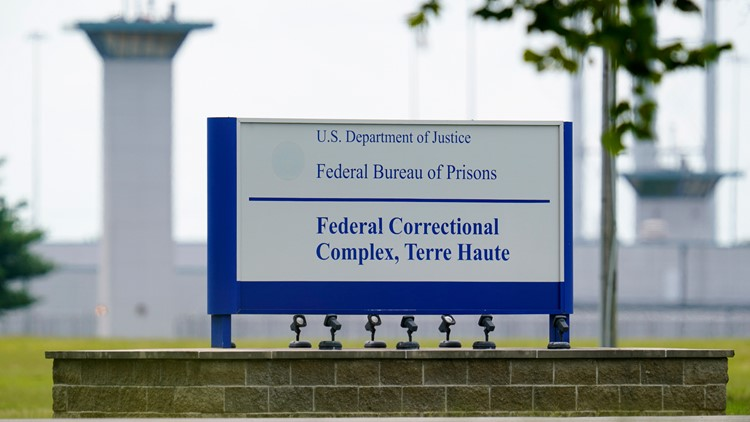 Justice Department reviewing policies on transgender inmates