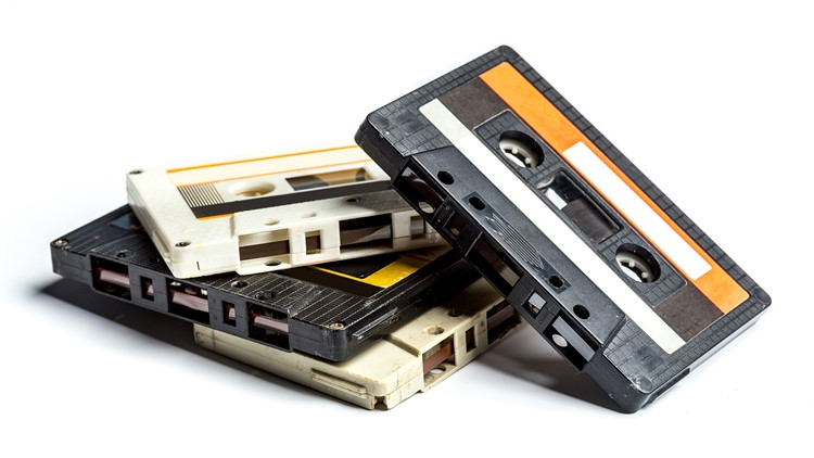 Reports: Cassette tape and CD inventor Lou Ottens dies at 94