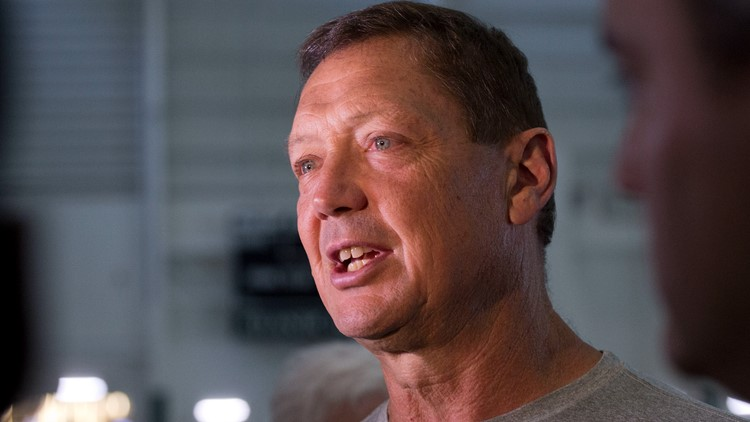 Vikings: 'Discussions' underway with offensive line coach Rick Dennison over vaccine protocols