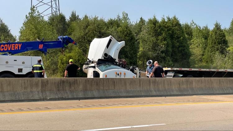 Semi-truck collision stalls traffic on I-49 near Mountainburg