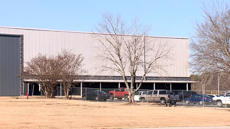 Hytrol Conveyor looking to add 100 employees at Fort Smith plant