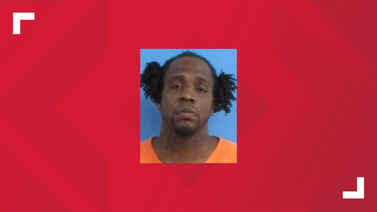 Poteau Police searching for escaped inmate