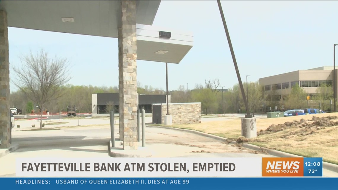 ATM stolen from Fayetteville bank
