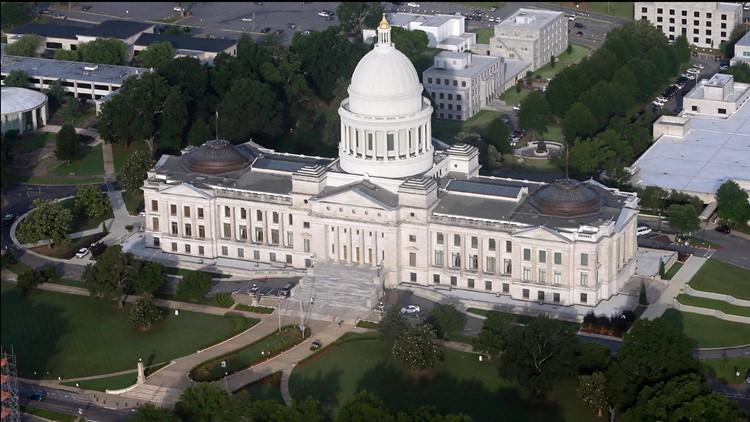 Arkansas governor OKs limits on agencies' race, sex training