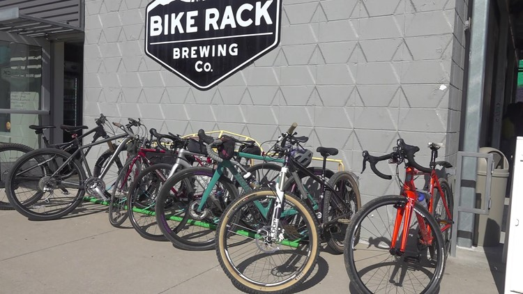 Biking brings community together to help relocate Afghan refugees