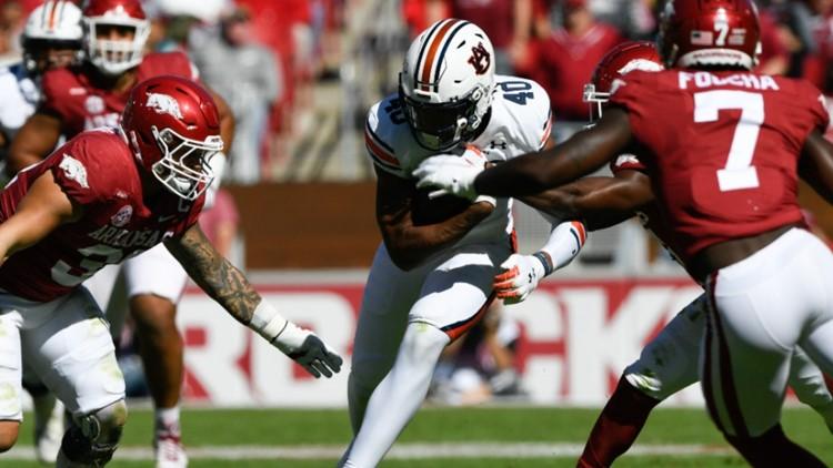 Auburn spoils Hogs homecoming in Fayetteville