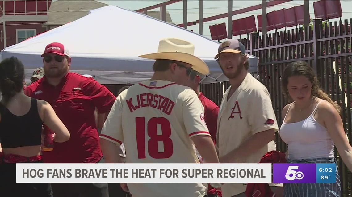 Hog fans brave the heat for Super Regional game