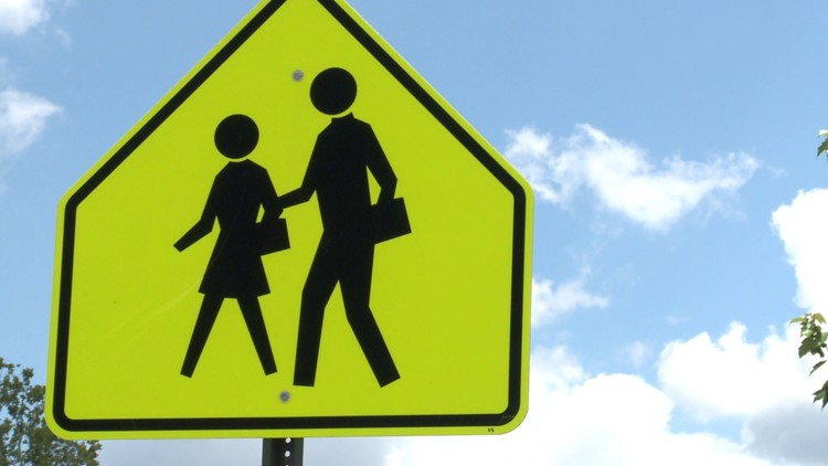 Watch: Safety when driving in a school zone