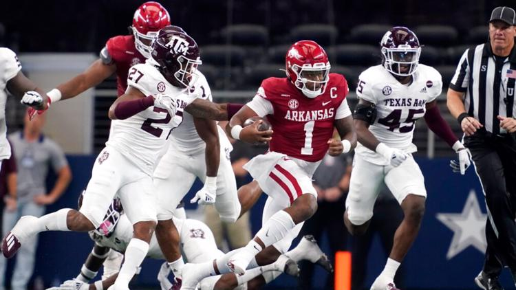 #16 Arkansas grinds out upset over #7 Texas A&M