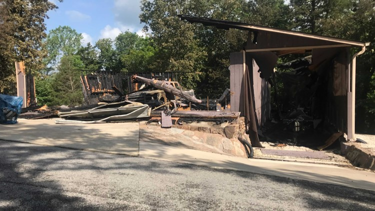Garage catches fire in Bella Vista