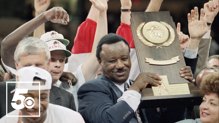 Watch: Nolan Richardson Drive Unveiled in Fayetteville