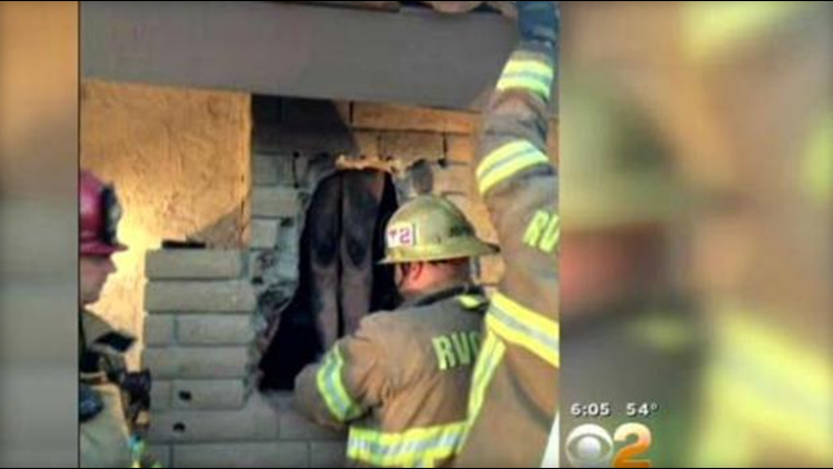 California woman gets stuck naked in chimney of ex-beaus