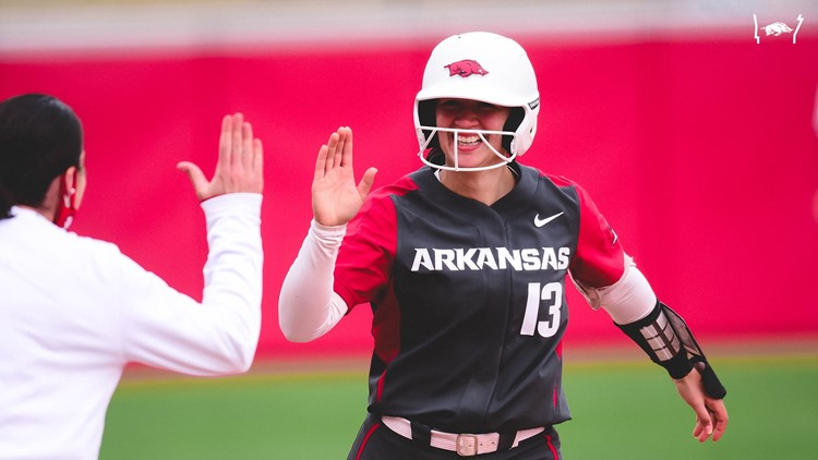 Hogs put the Storm on Bama; win 4-0