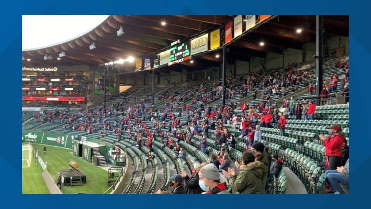 Portland Thorns welcome fans for first time in more than 500 days