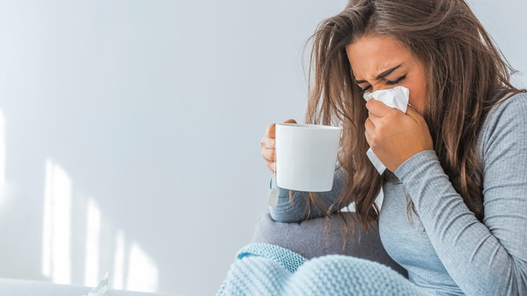 How to tell the difference between seasonal allergies and COVID-19