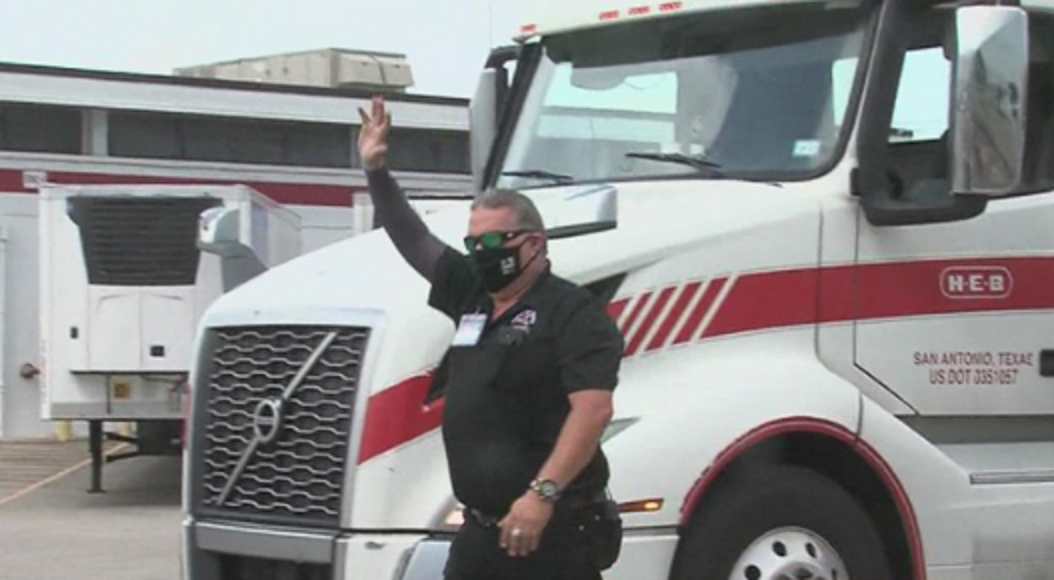 H-E-B celebrates truck driver who logged 3 million accident-free miles for the company