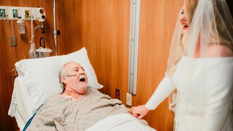 Arkansas bride surprises grandfather in hospital with wedding dress