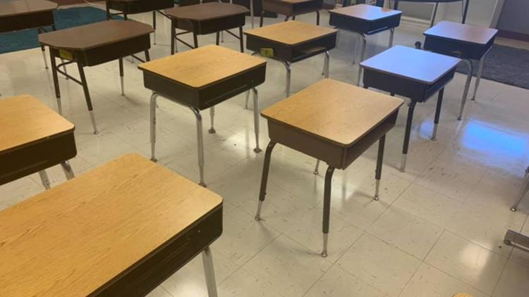 Arkansas school district announces 421 student quarantines after first full week back