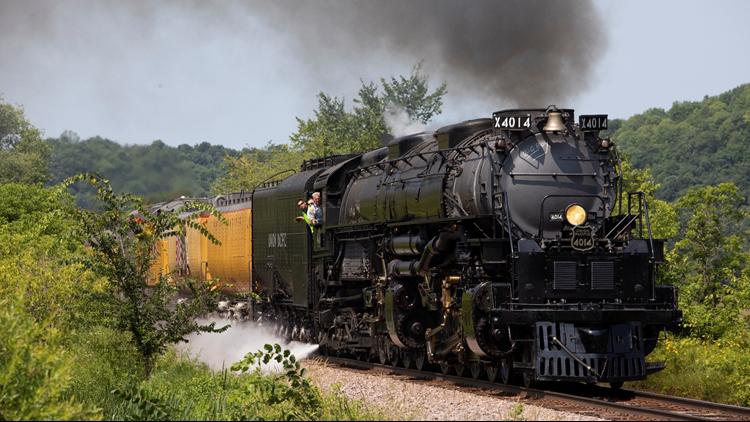 Watch: Historic Big Boy No. 4014 arrives in Arkansas