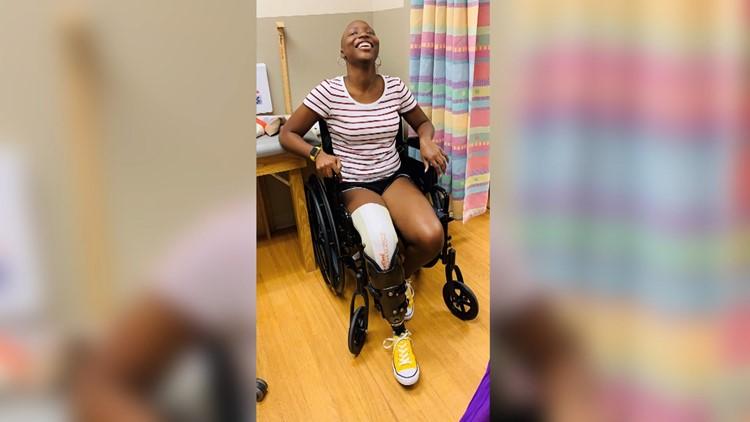 Arkansas teen runs again after battling cancer and losing her leg