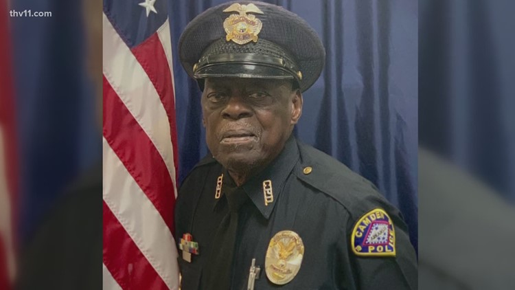One of the oldest working police officers is a 91-year-old Arkansas man