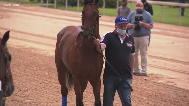 Large crowds expected at Oaklawn for Arkansas Derby weekend