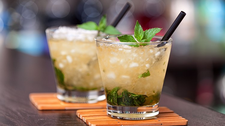 How to make a classic mint julep for Kentucky Derby weekend