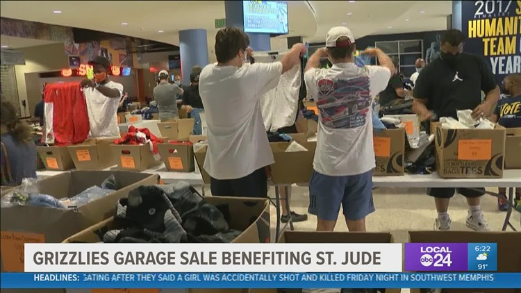 Memphis Grizzlies fans gear up at FedExForum garage sale