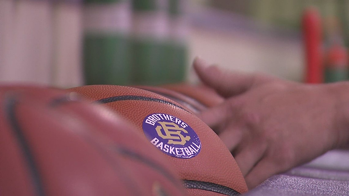 Private, municipality schools hold first day of basketball practice since March