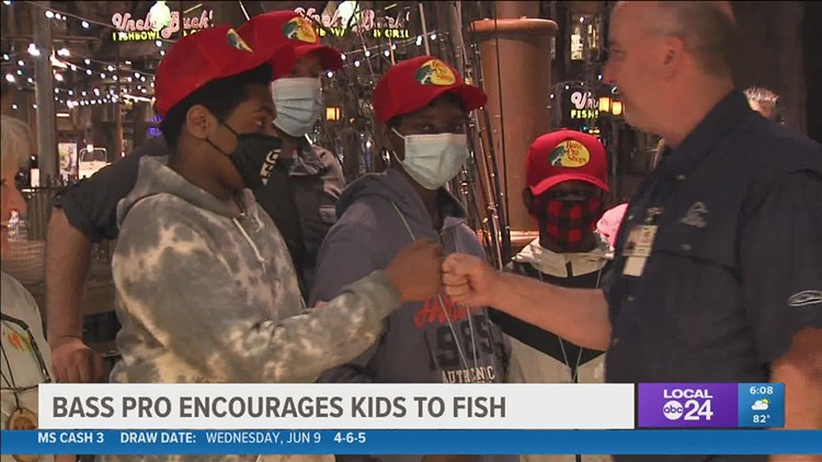 Bass Pro Shops lures kids to the joys of fishing by giving away 500 fishing rods