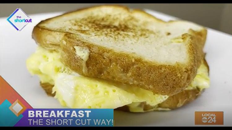 Easy egg sandwich tutorial!
