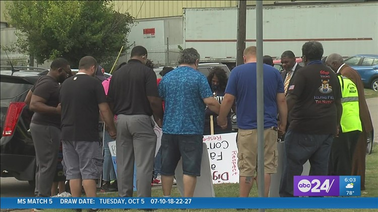 Mid-South ministers stood with Kellogg's workers Wednesday to show support