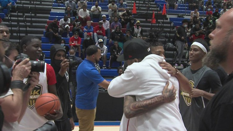 Video: NBA legend Allen Iverson, Memphis rapper NLE Choppa make appearances at Allen Iverson Roundball Classic