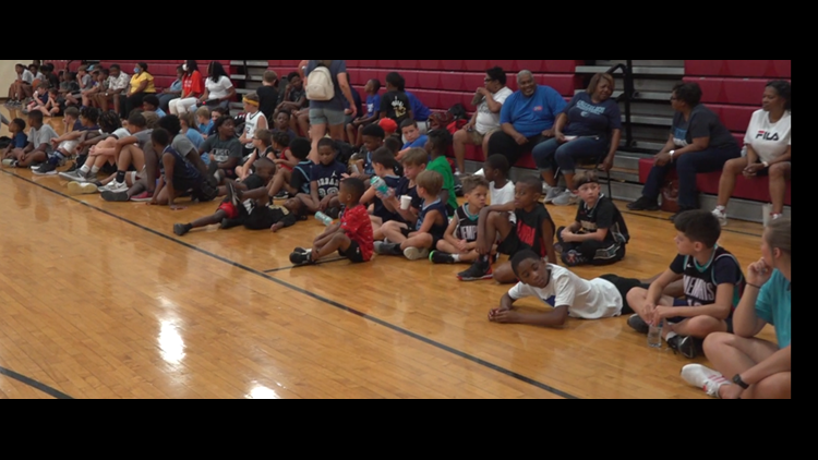 Former NBA player, returns home with skills camp for kids