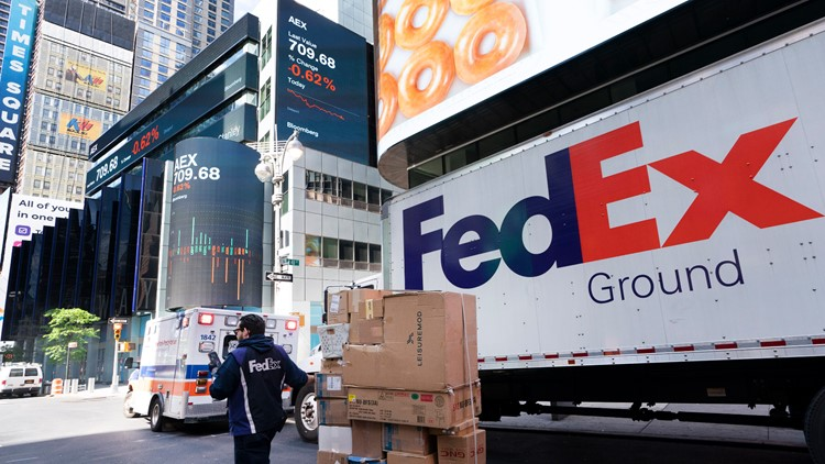 $1.1 billion profit for FedEx for the first quarter ended August 31