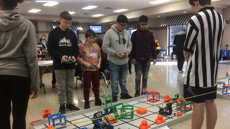 Power Center Academy Middle School Southeast students are ready for a bot battle