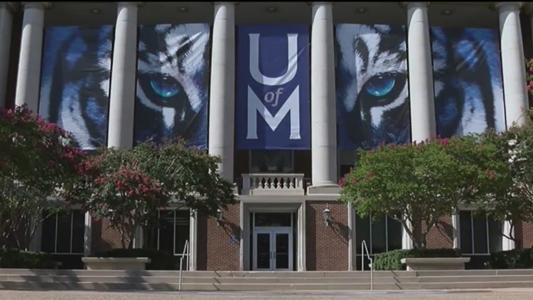 University of Memphis to require masks for everyone indoors and places without social distancing