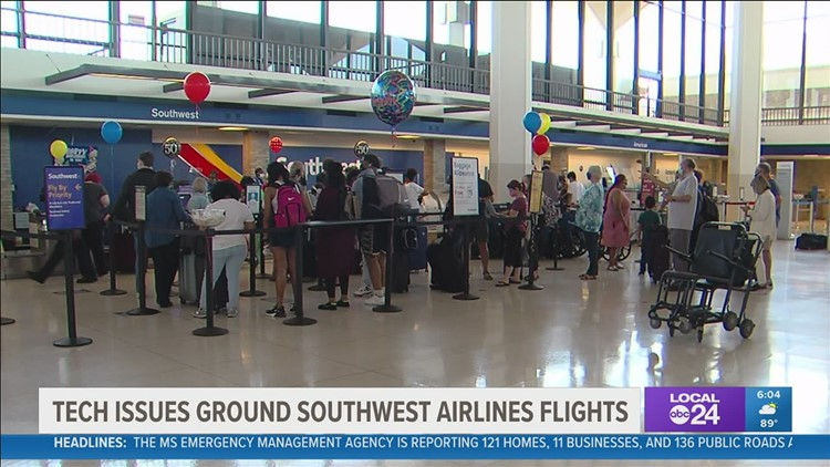 Southwest flights are flying again after 'network connectivity' issues resolved