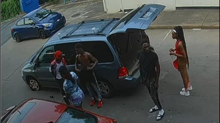 Police release pics of 'persons of interest' in Memphis homicide