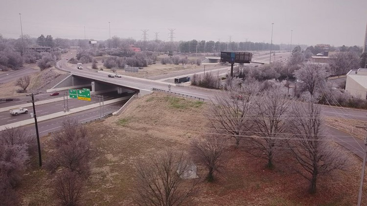 Memphis covered in ice as drivers make their morning commute