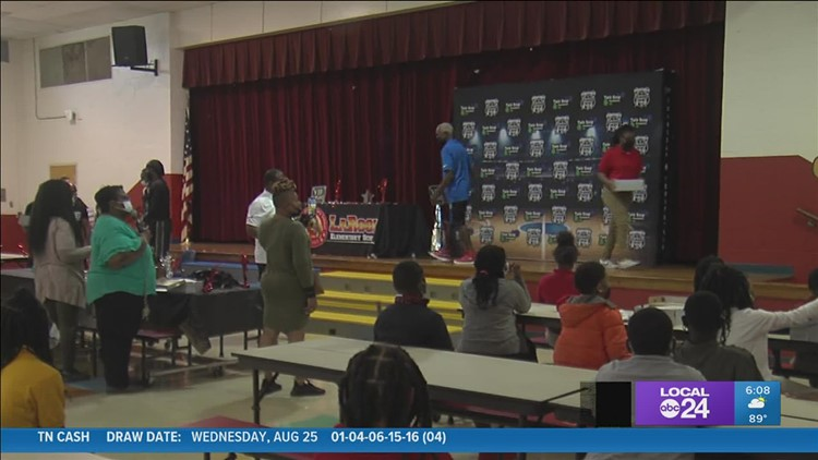 MPD pays a special visit to local 5th graders