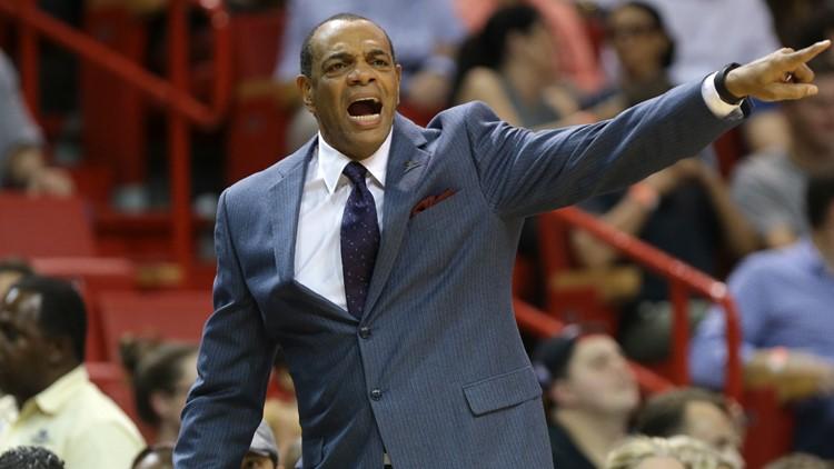 Former Grizzlies coach Lionel Hollins named assistant coach at LeMoyne-Owen College