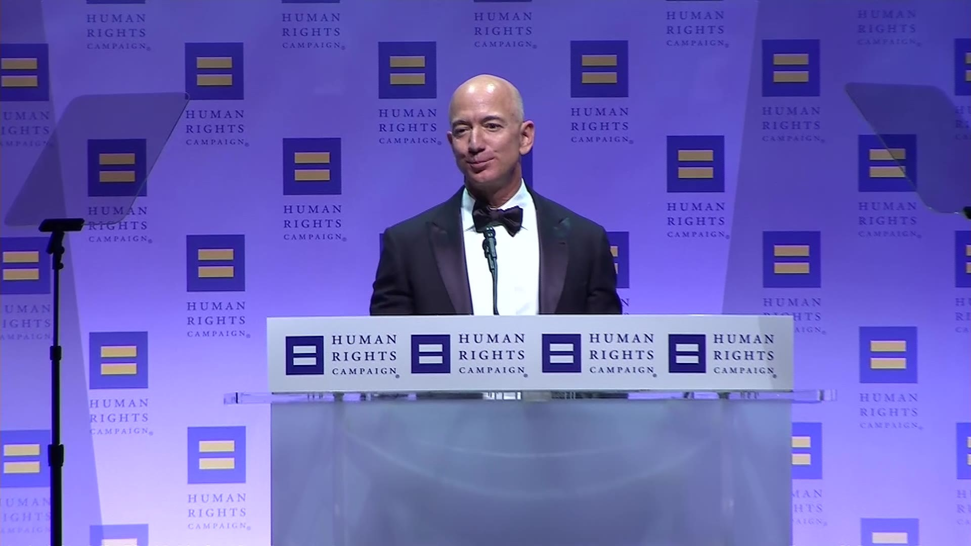 Amazon CEO Jeff Bezos pledges $10 billion to fight climate change |  localmemphis.com