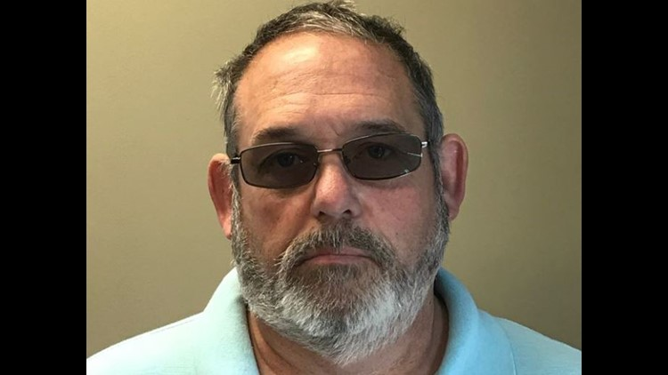 Former Walls, Mississippi, police chief indicted on embezzlement charge